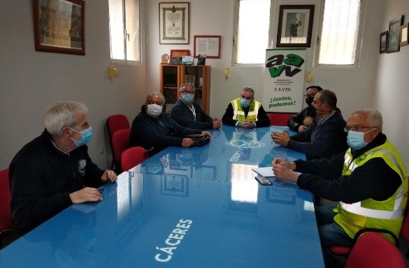 Reunión de Cavex y Banco Alimentos Cáceres